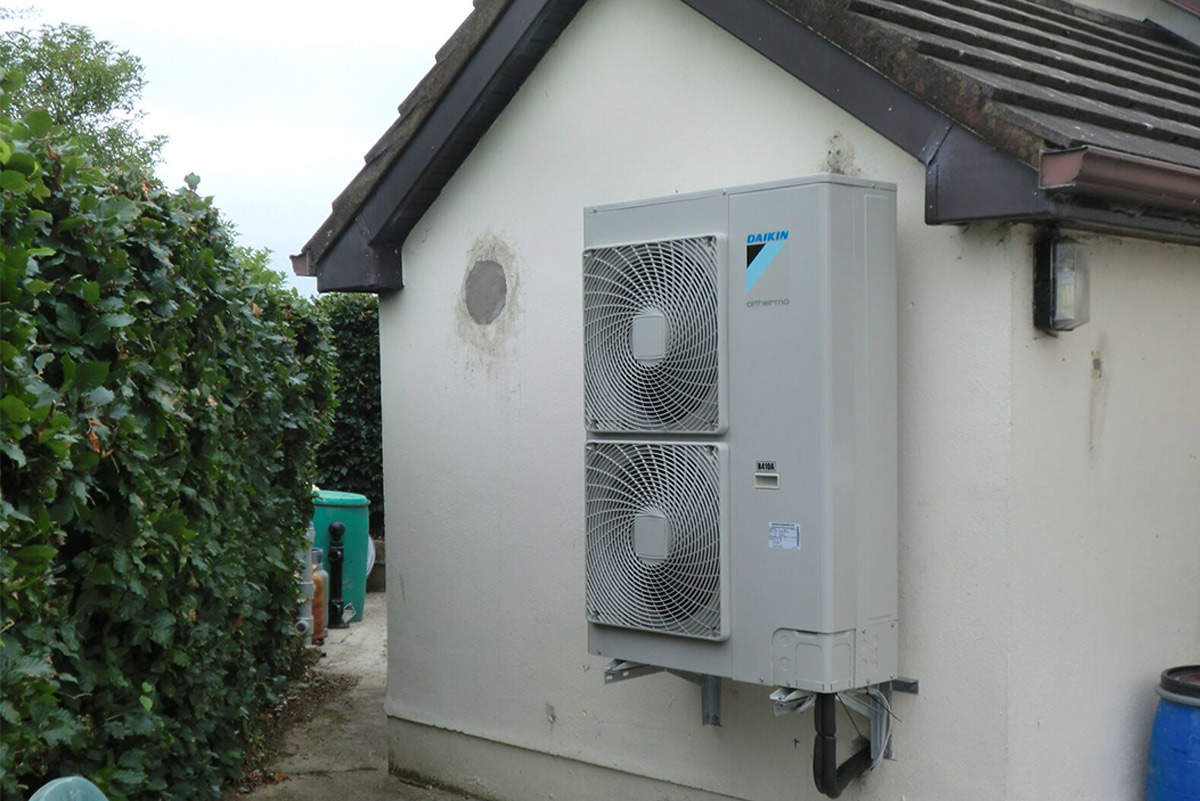 Daikin air to water heat pump 8